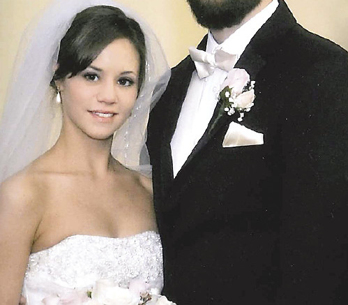 Mr. and Mrs. Justin Dowling